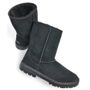 UGG Women's Ultra Revival Short Boots